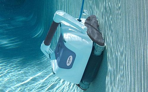 Роботы очистители для бассейнов.